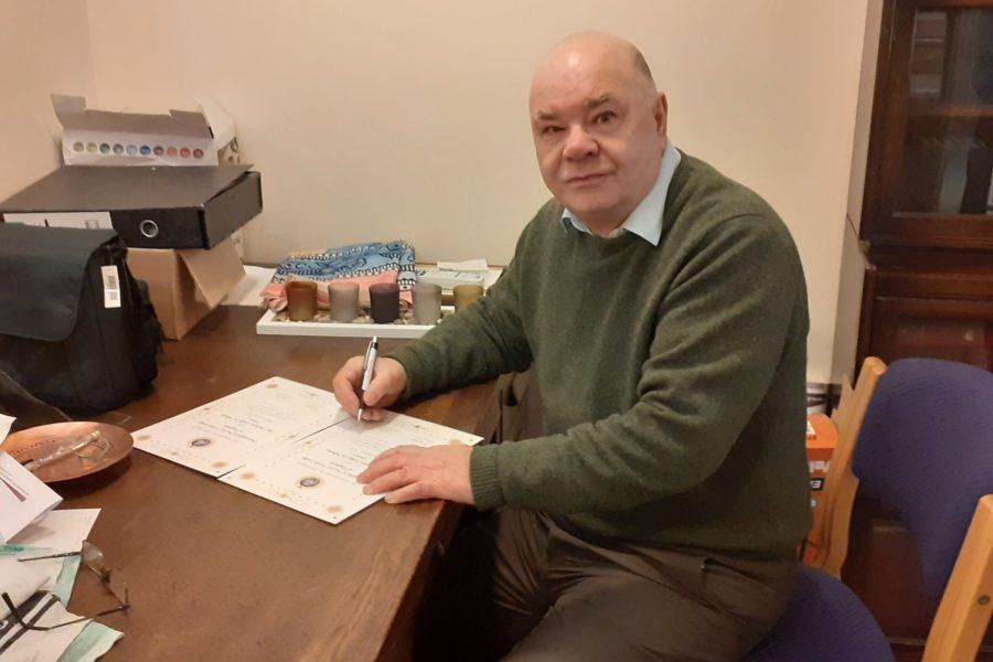 Dr Paul Baker